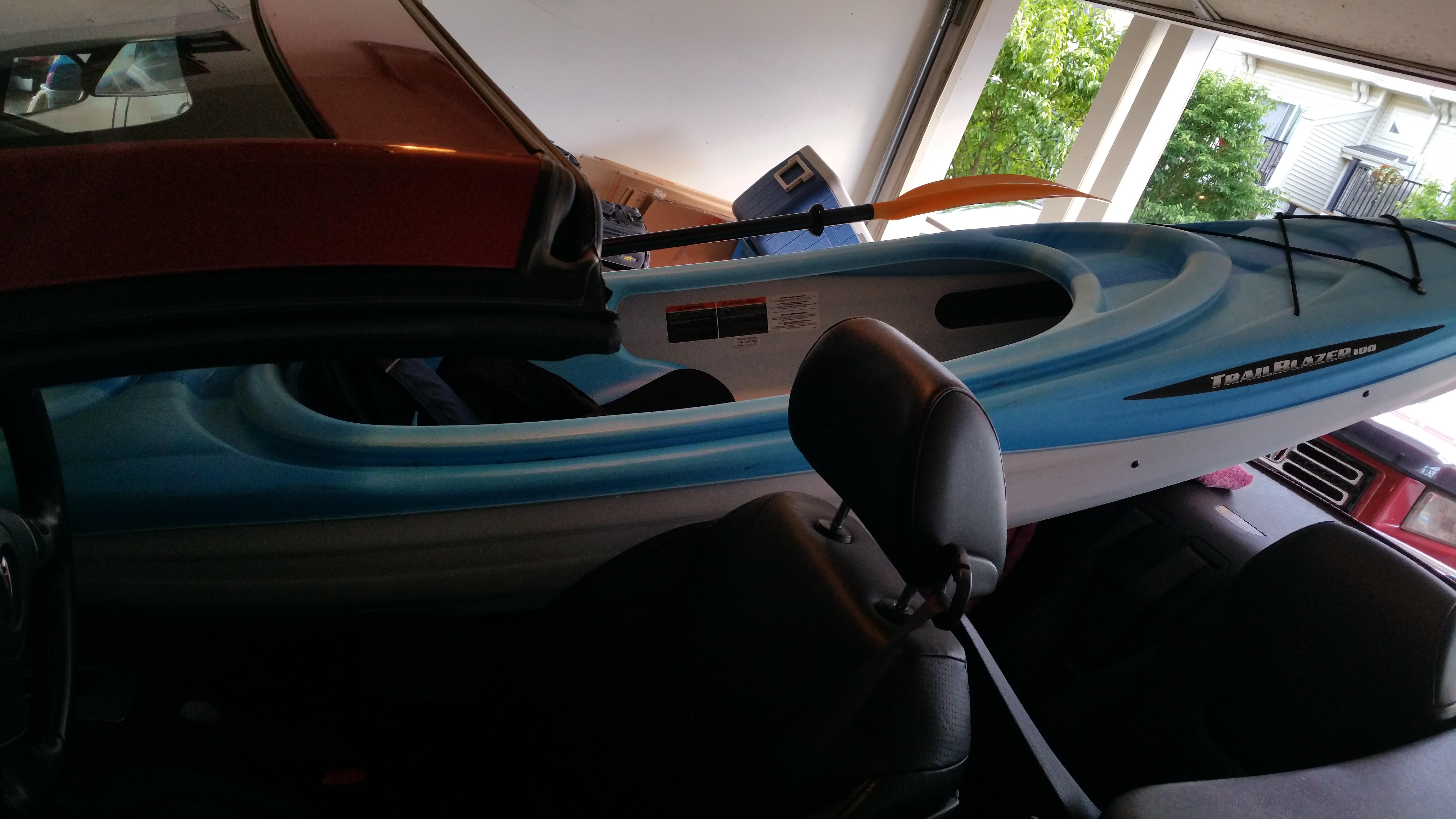 kayak in car