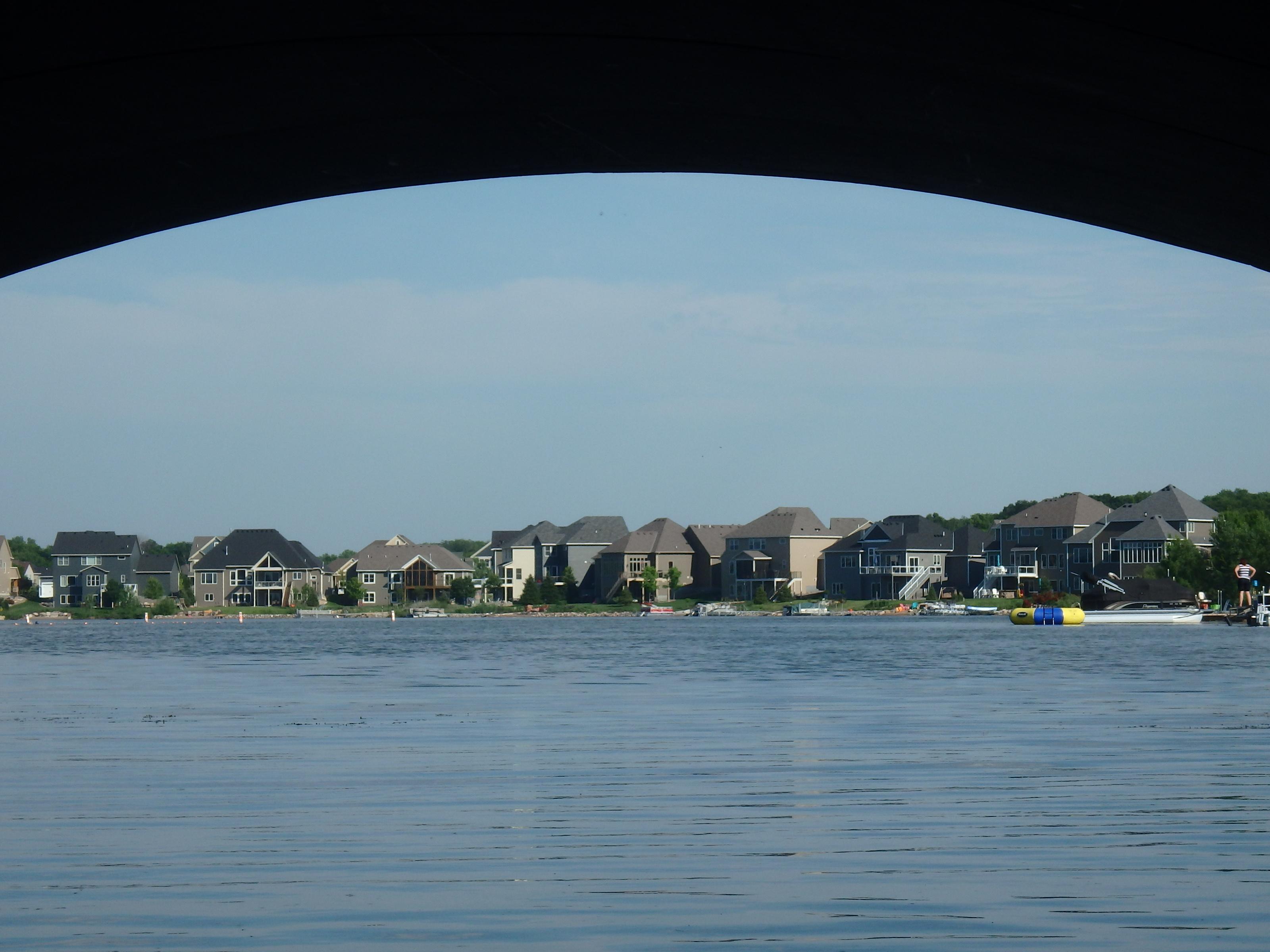 homes around the lake